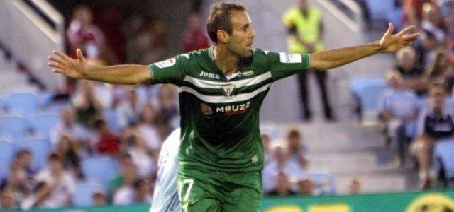 """Víctor Díaz: """"No sabía ni cómo celebrar el gol"""""""