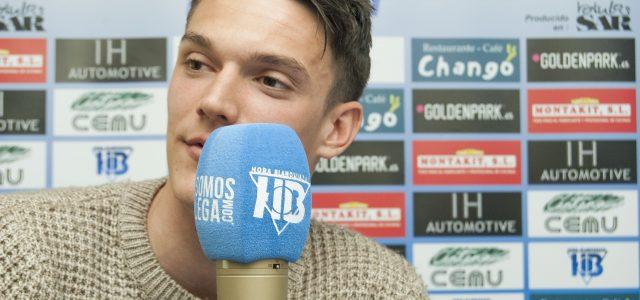 """Adrián Marín: """"Cuando vuelva al Villarreal valoraré mucho este año"""""""